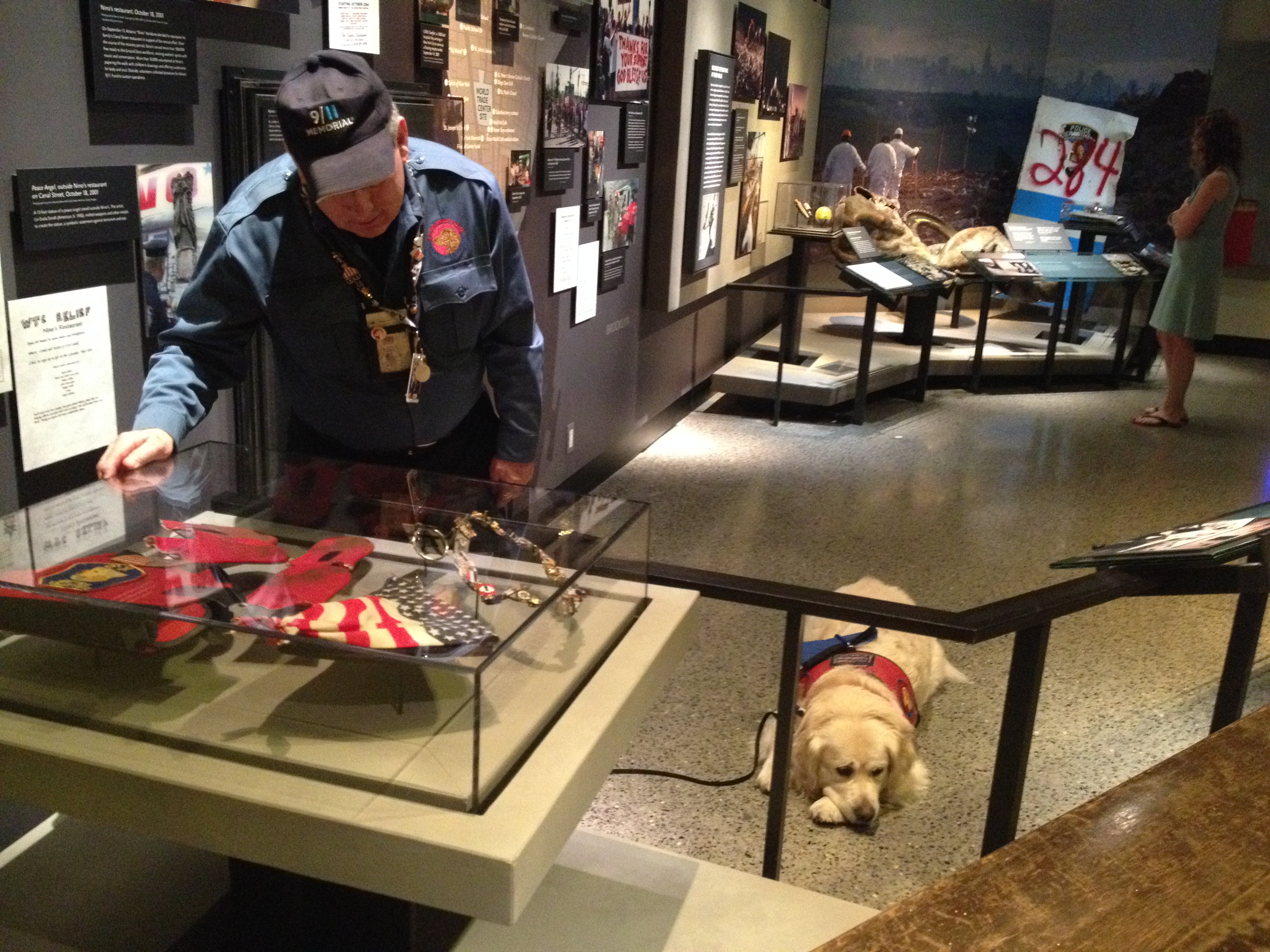 Navigate to 9/11 Responder Visits Museum, Honors Therapy Dog Nikie page
